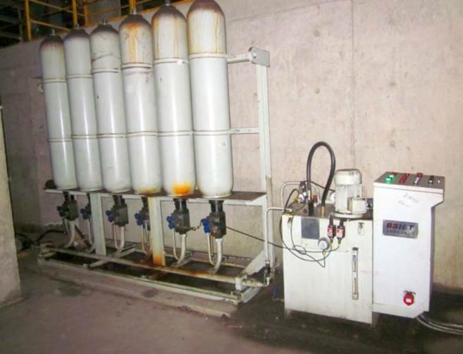 液压配重系统泵站装配图实景图片